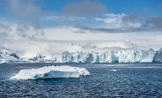 Napamerien jääpeitteet ovat ennätyksellisen heikot.