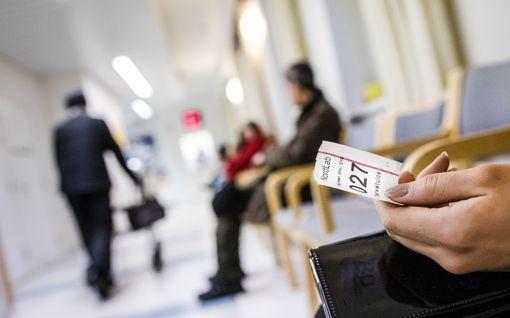 Emilia Kullas: Köyhän paikka on terveyskeskuksen jonossa – sinne STM ja vasemmisto haluaisivat loputkin suomalaisista