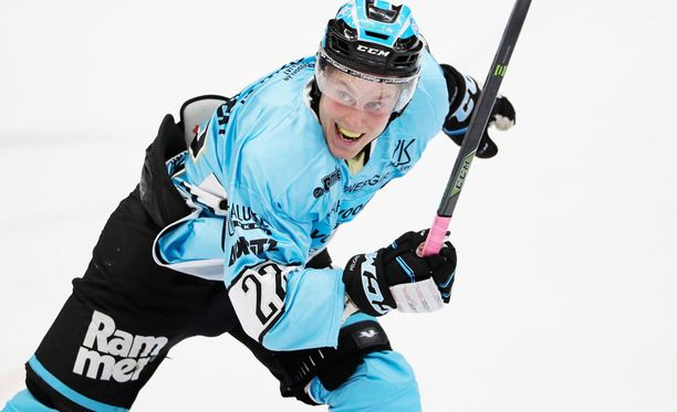 Juhani Tyrväinen pelaa ensi kaudella HIFK:ssa.