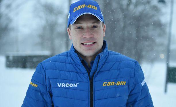 Jari-Matti Latvala muutti ajatteluaan kilpailemiseen.