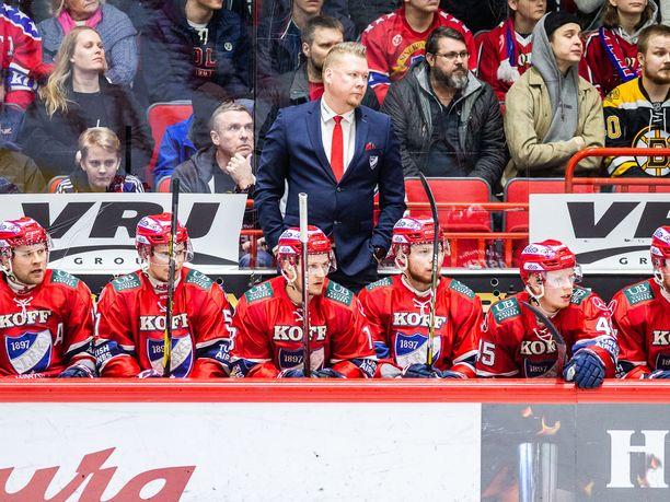 Saako HIFK-luotsi Jarno Pikkarainen motivoitua joukkueensa pronssipeliin?