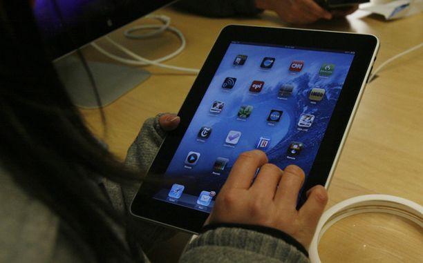 iPad tuli myyntiin viikonloppuna.