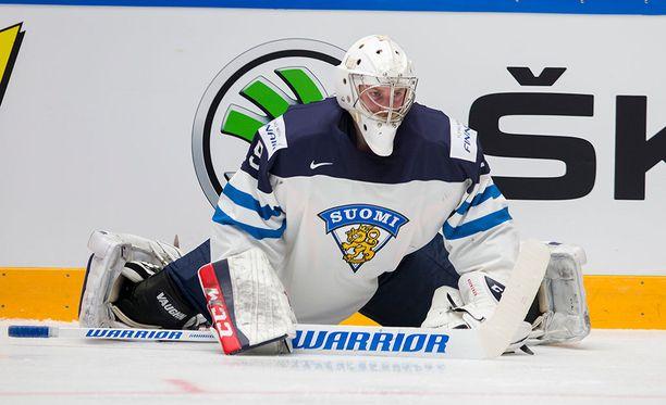 Suomen maalilla Tshekkiä vastaan aloittaa Mikko Koskinen, joka on todennäköinen ykkösvahti myös lopullisessa olympiajoukkueessa.