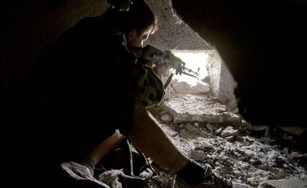 Venäjän joukot ovat vetäytyneet Ukrainan rajalta, kertoo Nato.