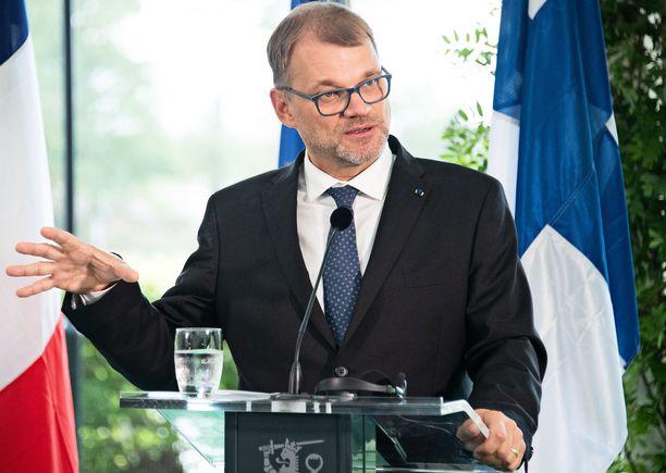 Pääministeri Juha Sipilä (kesk) on jo pidempään korostanut EU:n puolustusyhteistyön kehittämistä yhdessä Ranskan kanssa.
