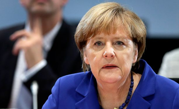 Saksan liittokansleri Angela Merkel alkoi kesällä ajaa EU-komission esittämiä kiintiöitä aiempaa voimakkaammin.