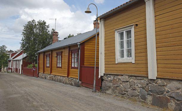 Pietarsaari tunnetaan kauniista vanhasta kaupungistaan, mutta nyt myös siitä, että sen asukkaat eivät arvosta omaa kuntansa kovin korkealle.