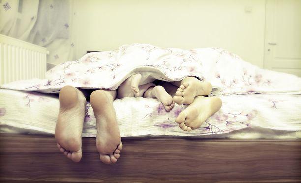 Jos yöllä joutuu heräämään lasten takia usein, ei ole järkeä rynnistää aamutuimaan lenkille, vaan nukkua.