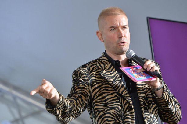 Marco Bjurström on avoimesti kertonut olevansa pettynyt, kun ei päässyt juontamaan suosikkiohjelman uusia jaksoja.