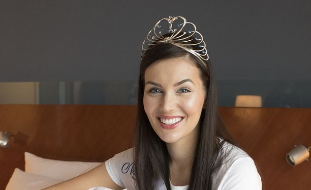 Michaela Söderholm on ehtinyt olla Miss Suomi 2017 vasta vajaan viikon.