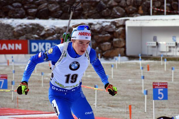 Tero Seppälä pääsi ainoana suomalaisena maailmancupin pisteille torstaina Pokljukassa miesten 20 kilometrin ampumahiihtokisassa. Seppälä oli sijalla 38.