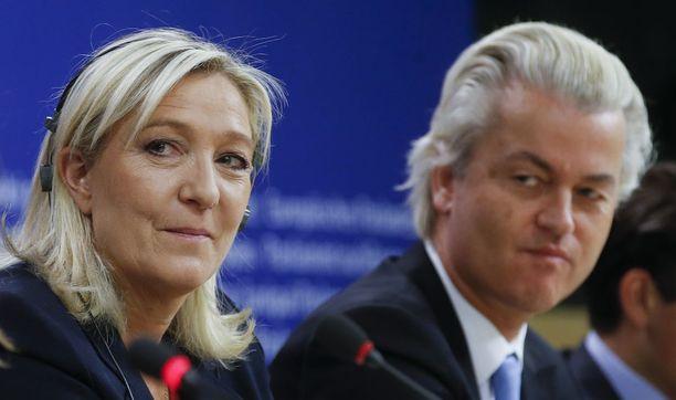 Marine Le Pen ja Geert Wilders ovat nykyisin hyvää pataa keskenään.
