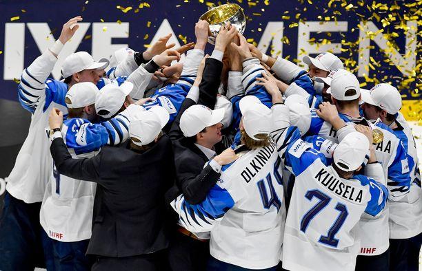 Suomi on jääkiekon hallitseva maailmanmestari.