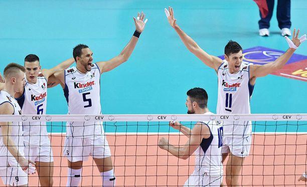 Suomi kohtaa tiistain pudotuspeleissä Italian.