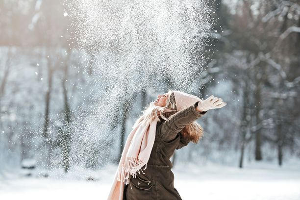 Lumesta kannattaa ottaa ilo irti myös siivotessa.