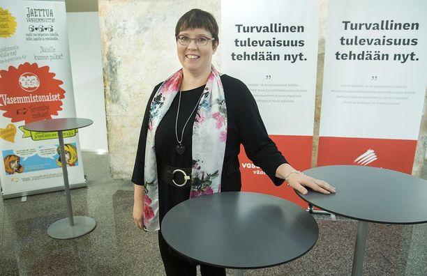 Merja Kyllönen.