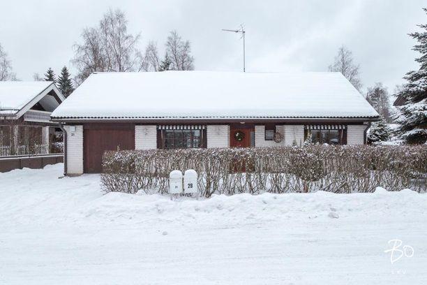 Tampereen Lamminpäästä löytyy vuonna 1984 rakennettu omakotitalo, jossa on neljä huonetta.
