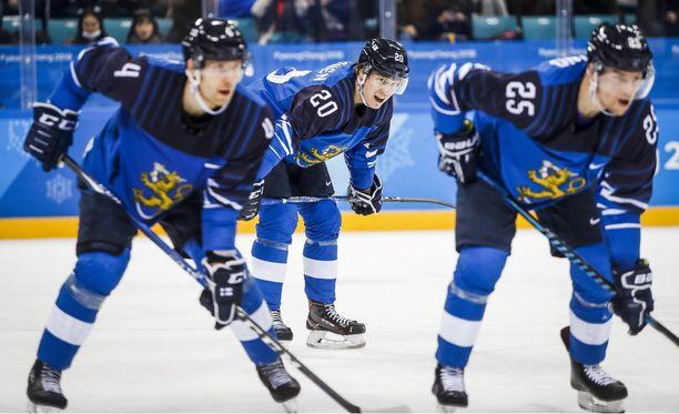 Anna tykin laulaa, Eeli Tolvanen! Suomi-Kanada-puolivälierä alkaa kello 14.10.