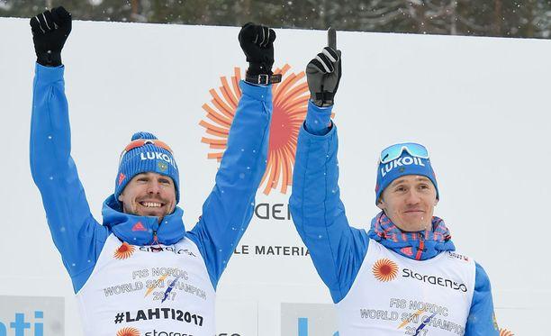 Sergei Ustjugov ja Nikita Krjukov saivat onnekkaasti pariviestin MM-kultaa.