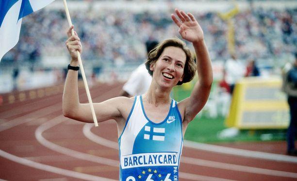 Vuonna 1967 syntynyt Sari Essayah voitti kävelyurallaan MM-kultaa, MM-pronssia ja EM-kultaa. Hän lopetti uransa parikymmentä vuotta sitten.