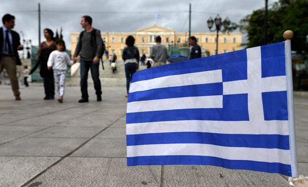 Kreikan keskuspankki uhkaa euroerolla, mikäli lainaneuvottelut epäonnistuvat.
