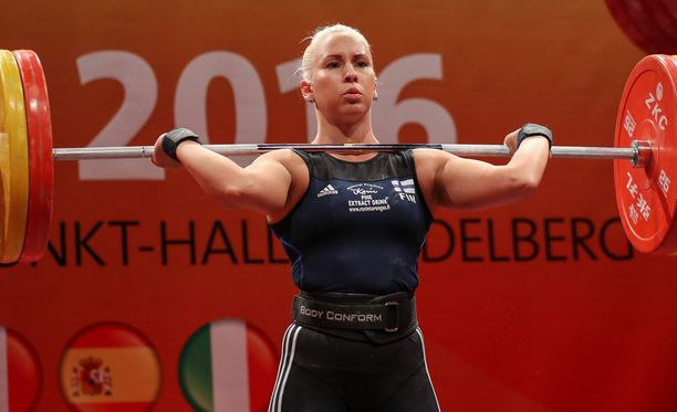 Anna Everi pahastui jäätyään pois Suomen olympiajoukkueesta.