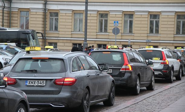 Taksi Helsinki kertoo palautteista, joita yhtiö on saanut kuljettajista. Kuvituskuva.