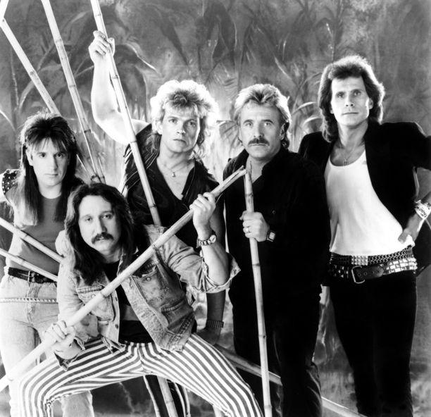 Uriah Heep -rumpali Lee Kerslake, 73, on kuollut