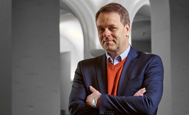 Jan Vapaavuori kahmi ylivoimaisen määrän ääniä kokoomukselle Helsingissä.