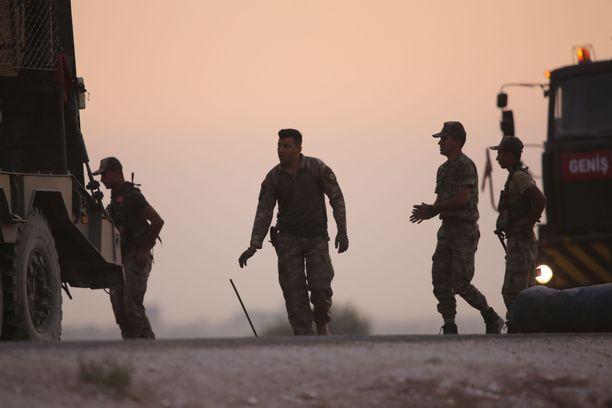 Turkkilaisia sotilaita Pohjois-Syyrian kurdialueella.