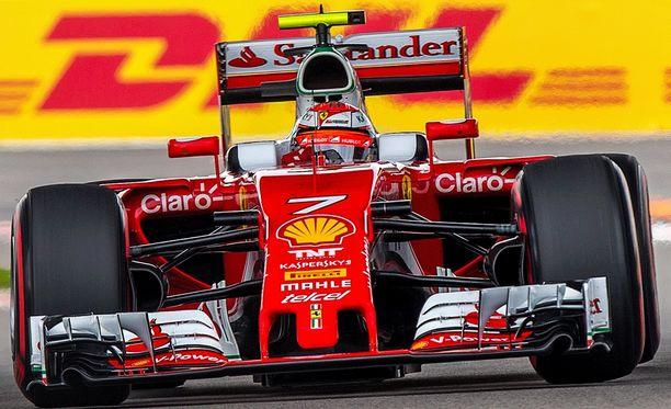 Kimi Räikkönen on iskussa.