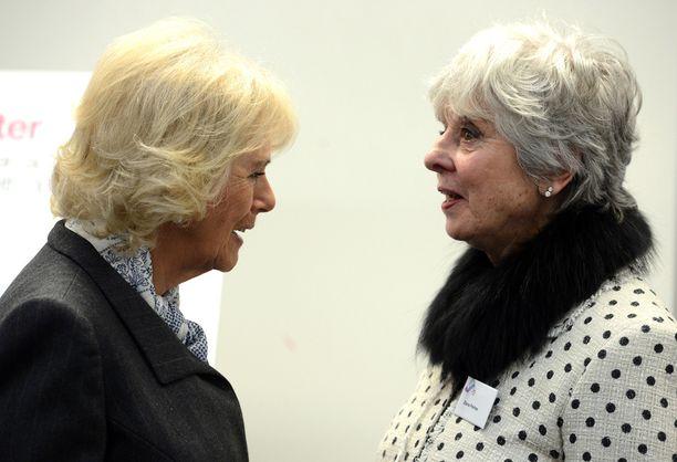 Camilla tapasi vierailullaan uhreja sekä uhrien läheisiä.