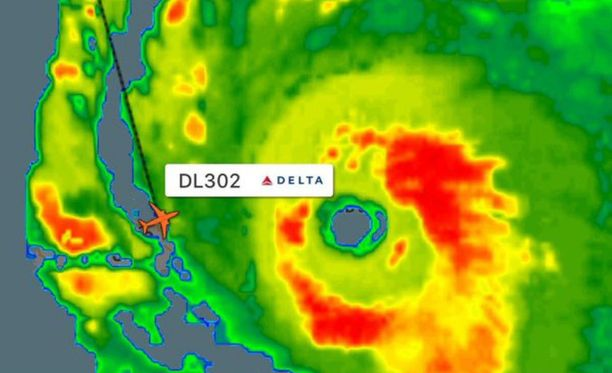 Kone uhmasi hurrikaania laskeutuessaan San Juaniin ja päästessään vielä poiskin.