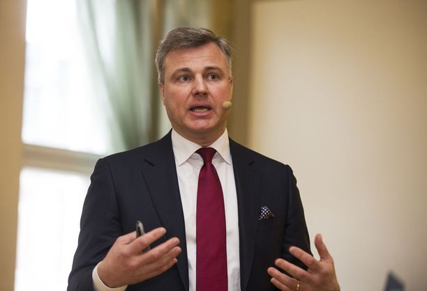 Comptelin toimitusjohtajaa Juhani Hintikkaa epäillään HS:n mukaan talousrikoksesta. Kuvassa Hintikka helmikuussa 2017, kun Nokia osti Comptelin.