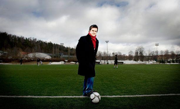 Sedu Koskinen on innokas jalkapallomies, mutta aika Hakan omistajana ei sujunut toivotusti.
