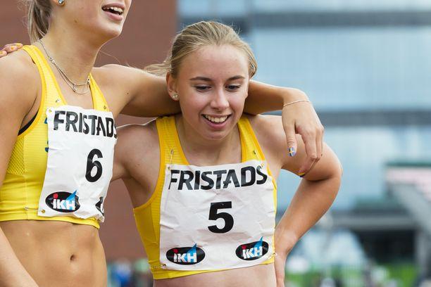 Elvira Tanderud on juossut tällä kaudella 200 metrin ennätyksensä 23,32.