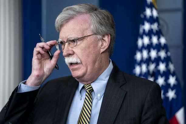 John Bolton on viemässä viestin henkilökohtaisesti Putinille.