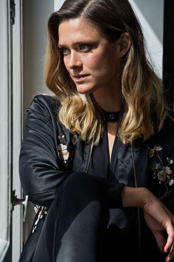 Näyttelijä Krista Kosonen Miami-elokuvan lehdistötilaisuudessa elokuussa 2017.