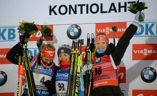 Mitalikolmikko oli Soukalova (vas.), Jurlova, Mäkäräinen.