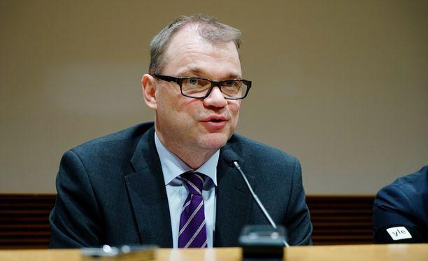 Juha Sipilä viittasi kymmenen miljardin euron pakettiin maanantaina.
