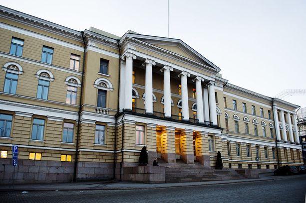 Helsingin yliopisto valitsi uudeksi rehtorikseen keväällä professori Jari Niemelän. Yliopiston päärakennus kuvattuna vuonna 2014.