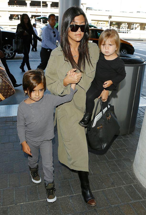 Kourtney Kardashianilla on ennestään kaksi lasta.