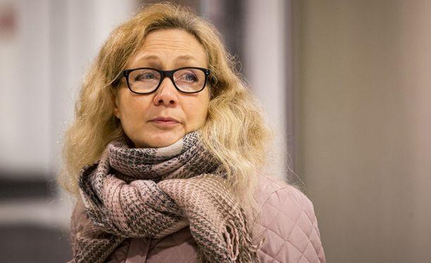 Anneli Auer saa korvauksia valtiolta.