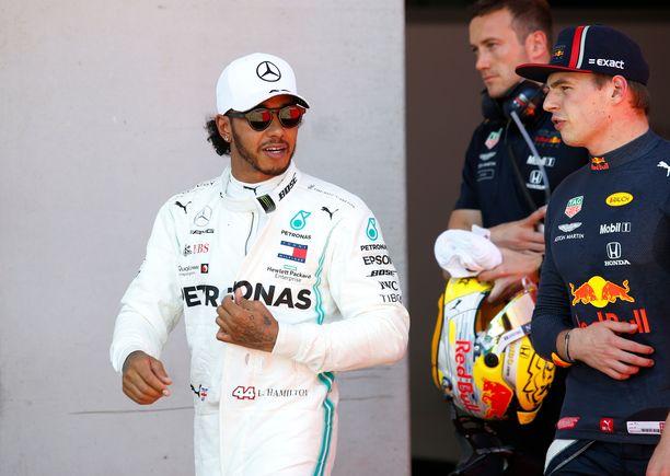 Max Verstappen ei ollut tyytyväinen Lewis Hamiltonin toimintaan.