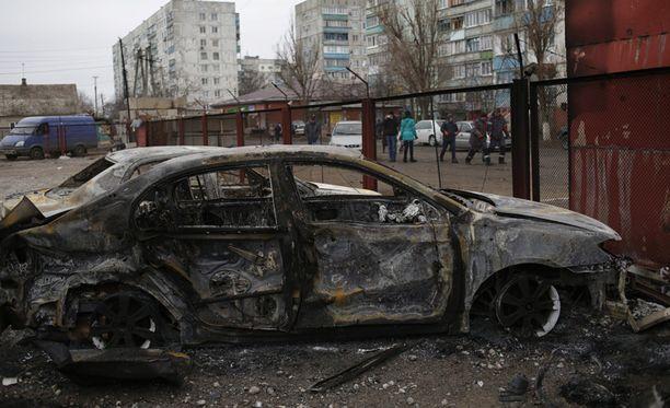 Mariupolin satamakaupunkiin tehtiin tuhoisa raketti-isku viikonloppuna.