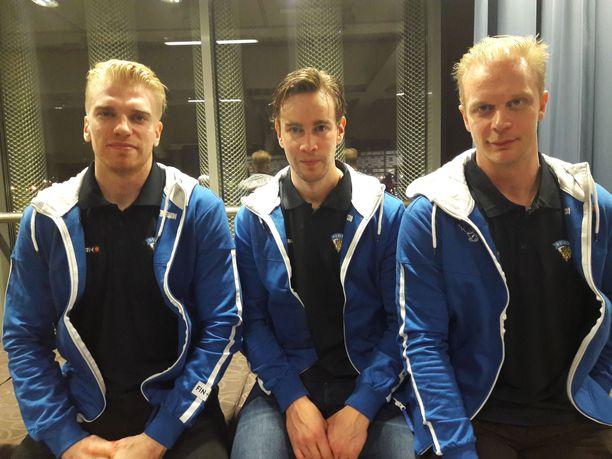 Joonas Nättinen (vas.), Mikael Ruohomaa ja Juuso Puustinen ovat tehneet kovaa jälkeä KHL:n Neftehimik Nizhnekamskissa.