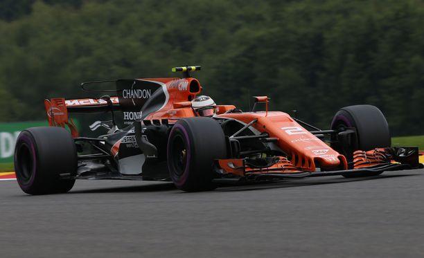 McLaren-Hondalla ajava Stoffel Vandoorne starttaa hänniltä.
