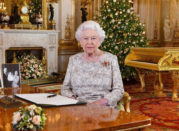 Kuningatar Elisabetin joulupuhe on televisioitu vuodesta 1957 lähtien.