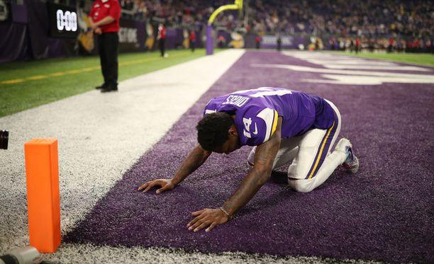 Minnesota Vikingsin laitahyökkääjä Stefon Diggs ei ollut uskoa ratkaisevaa, 61 jaardin touchdowniaan todeksi.