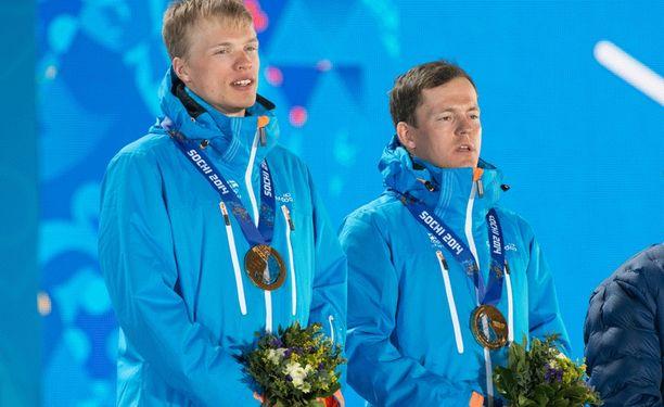 Iivo Niskanen ja Sami Jauhojärvi nousivat Sotshissa korkeimmalle korokkeelle.